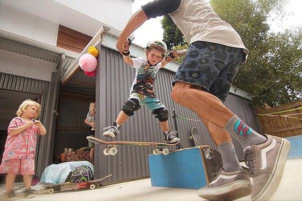 обучение скейту в роллердроме Skatetown