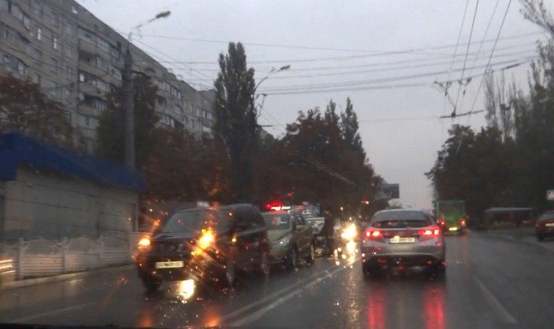 Туман и дождь наделали бед в Харькове (ФОТО, ВИДЕО)