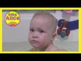 Ребенок упал в воду в ванне #Дети