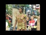 Dior Parque Du Bagatelle Haute Couture Show 1997