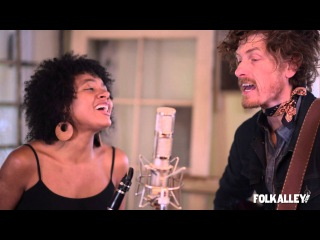 Folk Alley Sessions: Birds of Chicago -