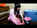 Jilly Messy Cream Video
