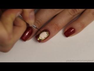 Маникюр Часы. Новогодний дизайн ногтей на гель лаке с жидким камнем и бульонками