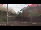 Рядом с аэропортом Внуково горит жилой дом