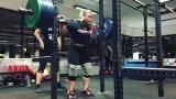 Клео ван Уик - присед 200 кг на 3 повтора