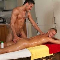 Эротический массаж для геев в спб индивидуалки питера север