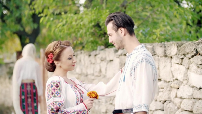 MIHAELA GURAU- Ca moldoveanca nu i nimeni