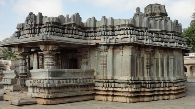 Высокие технологии в древности: Комплекс Шраванабелагола thumbnail