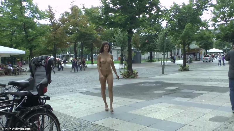 Billy Nude in Public 4