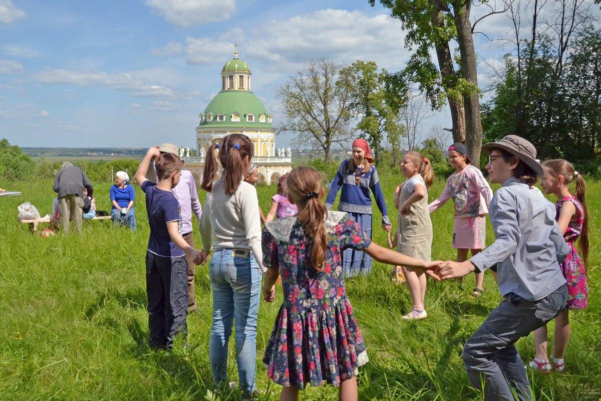 """Воскресная школа """"Вертоград"""" в Подмоклове"""