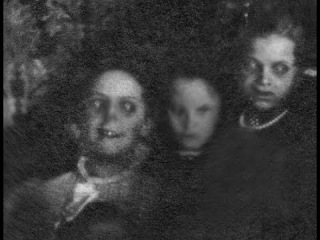 10 Real Pictures to Make You Believe in Ghosts