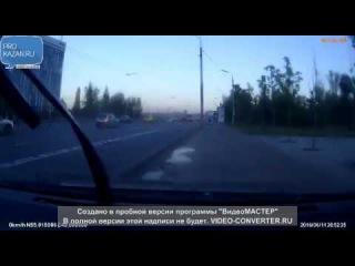 Стритрейсеры в Казани спровоцировали ДТП