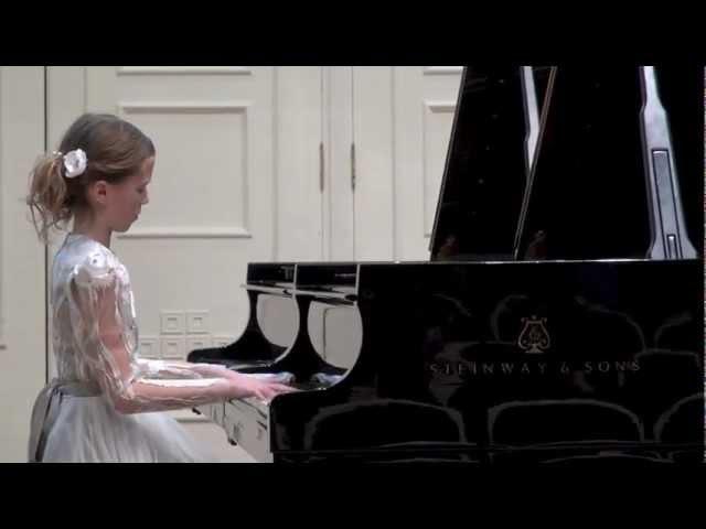 Анастасия Махамендрикова- Tchaikovsky Nocturne Op.10 in F- Dur