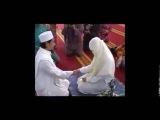 Nikah akdi sonrası eşinin elini ilk defa tutan iffetli kadın