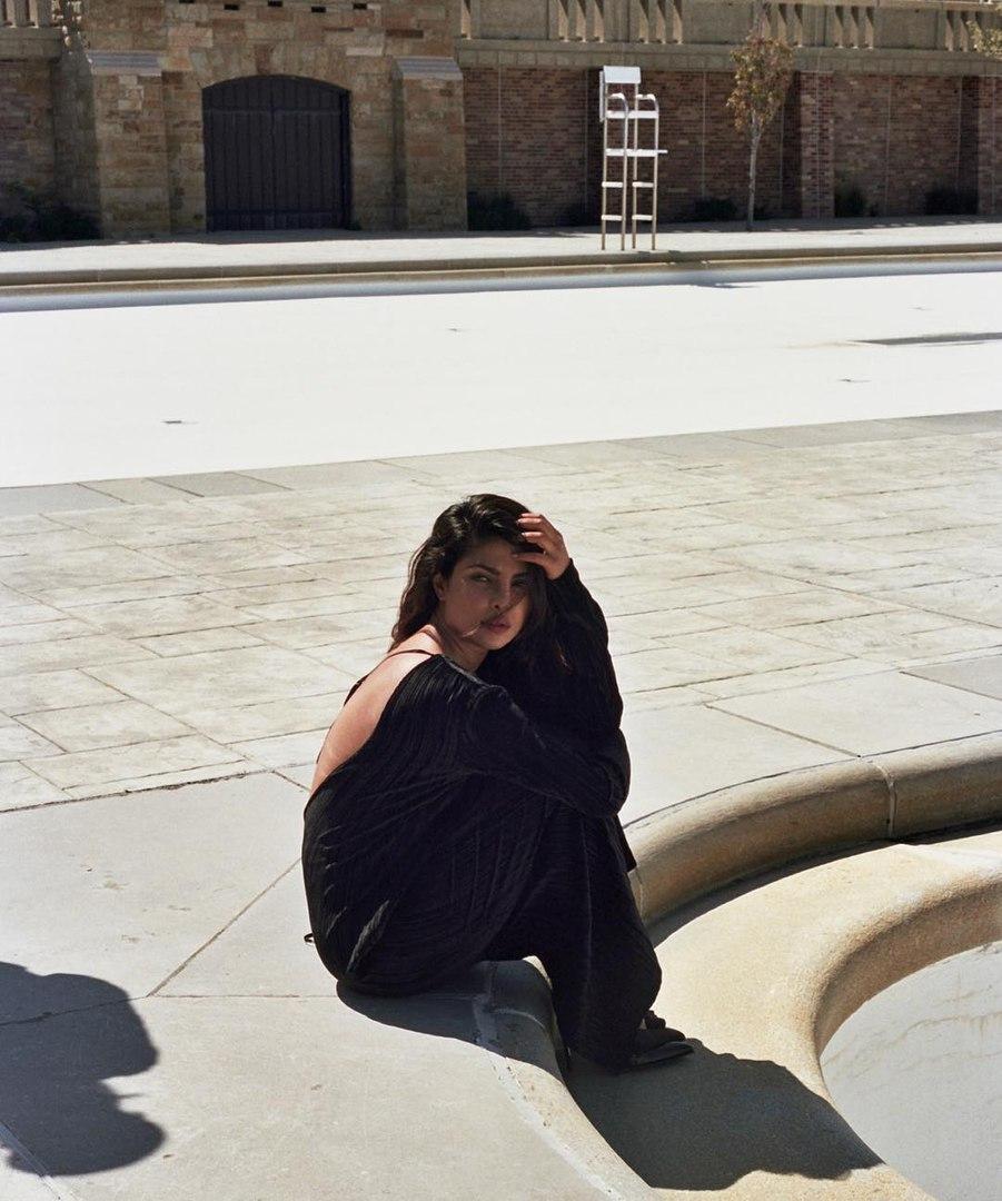 Priyanka Chopra, New Delhi - фото №15