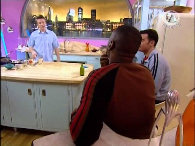 Жить вкусно с Джейми Оливером 7 серия|Шоколадный торт
