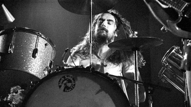 Bill Ward о песне Black Sabbath группы Black Sabbath.