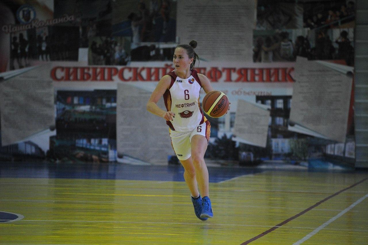 Елена Ёлгина - лучший игрок ноября!