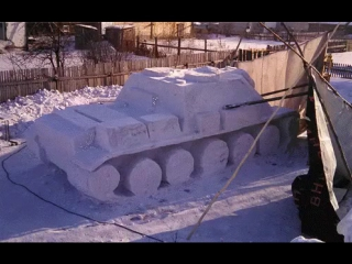 Танк из снега. Запоминаем и лепим у себя во дворе