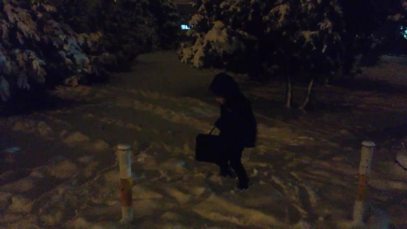 Вот кто искренне рад снегу - наши дети!))