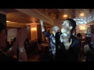 Аркадий Кобяков — Зажигает под песню «О Боже, какой мужчина!» 2014