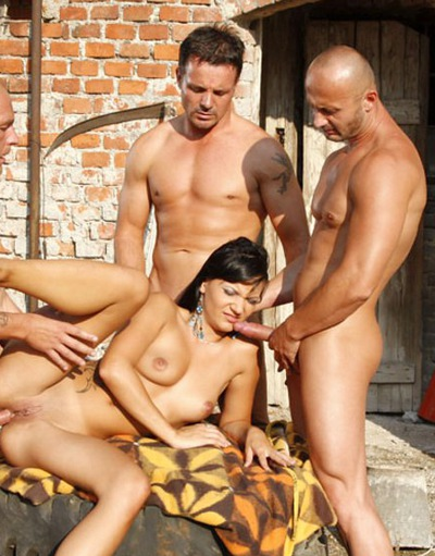 Фото голые актеры порно мужчины ума турман