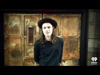 @jamesbaymusic announces loud and proud what he is 'craving' away from home!