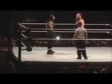Роман Рейнс против Брауна Строумена на хаус-шоу WWE в Далассе 17 февраля 2017