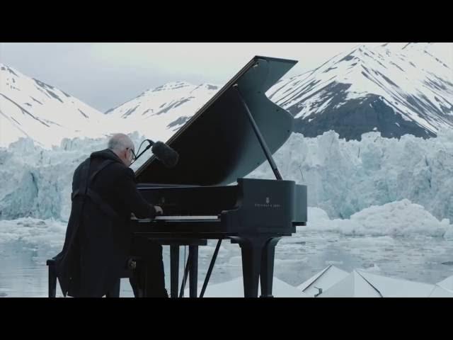 Ludovico Einaudi piano - Arctic elegy / Людовико Эйнауди на пианино - Арктическая элегия