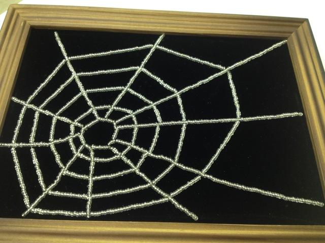 Halloween. Паук в паутине. Beaded spider in cobweb. Панно из бисера. Часть 1/2