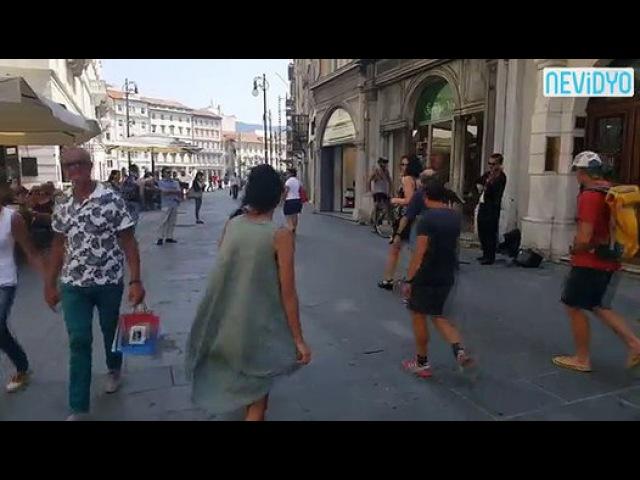 Dans etmeye utanan kızını cesatetlendiren Filistinli baba - Dailymotion Video