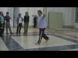 SIRTAKI - Vassilis insegna