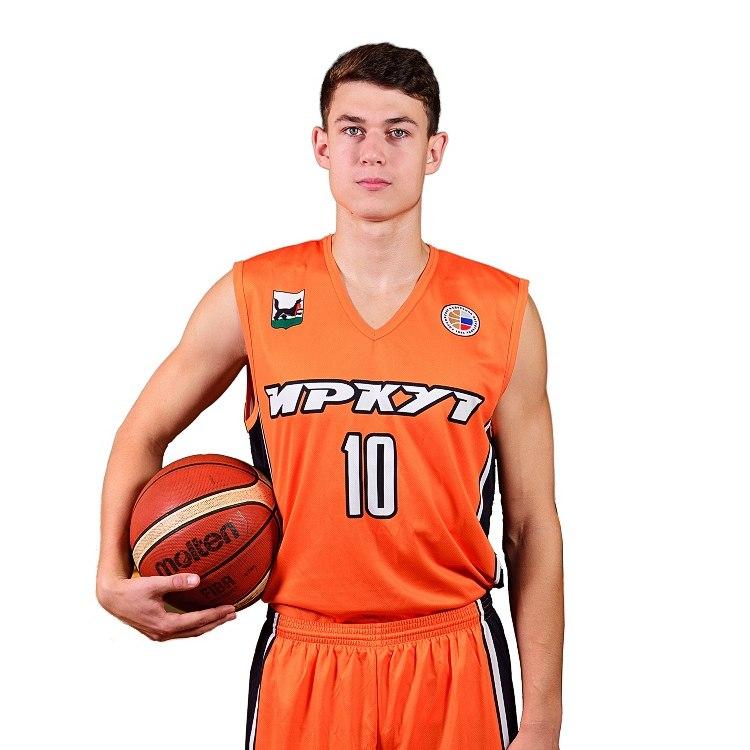 Никита Кузаков