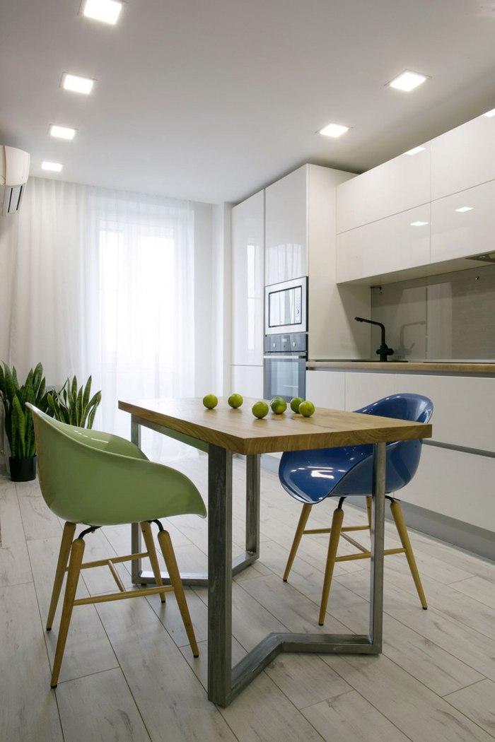 Интерьер квартиры 44 м с выделенной спальней в Ростове-на-Дону.