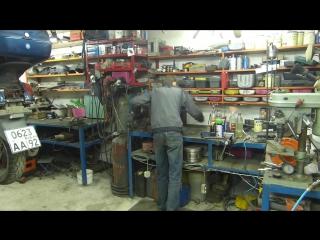 Откуда в мастерской столько хлама и откуда он берется