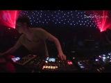 Energy 52 - Cafe Del Mar (Ricardo Villalobos Remix) played by Joris Voorn