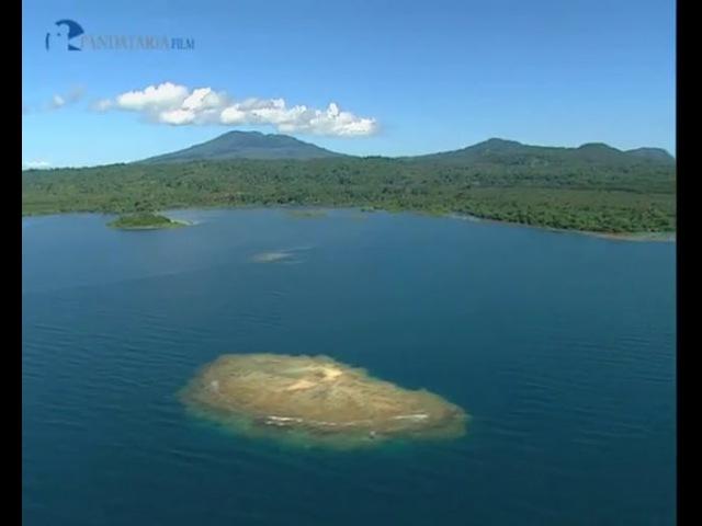 PAPUA NEW GUINEA In the Bismark sea SUBTIT ENG