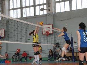 Волейболистки из Новотроицка стали бронзовыми призёрами