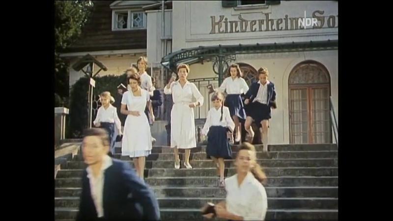 13 осликов и солнечный круг / 13 kleine Esel und der Sonnenhof (1958) (комедия)