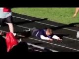 Как поступают дети с синдромом дауна, когда один из них падает...