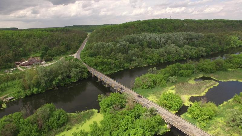 ЗМИЕВ Вид на дорогу и мост