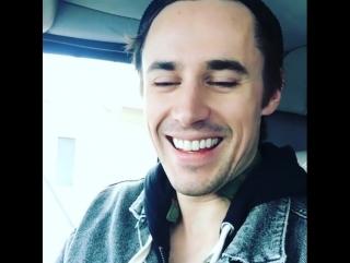 Reeve Carney/ instagram