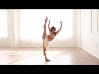 Incomplete - James Bay - Audrey Case - Royal Flux