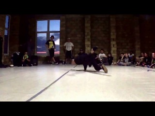 We are the poppers dance camp. Oleg Sirotuk a.k.a. Momo. Popping showcase
