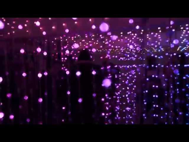 Amazing 8000 Bulb Light Installation: Ad Inspiration