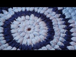 Как связать пышный круглый коврик крючком для начинающих