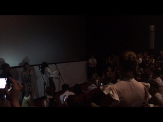 Наталия Орейро поёт песню Mar