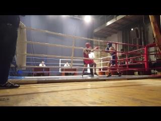 Чабан Дима бокс 1-й раунд (синий угол) выиграл 1-е место.