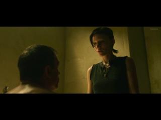 Руни Мара голая в фильме «Девушка с татуировкой дракона» (2011)