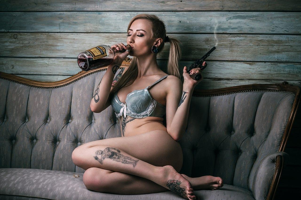 Секс с флейтистками, Порно видео Игра на кожаной флейте скачать и смотреть 20 фотография